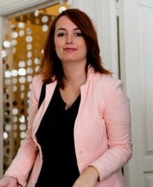 Hélène PAGEAUD, intervenante Théatre en Entreprise La Réunion