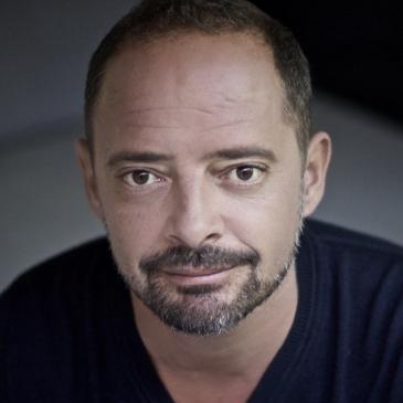 Bnjamin TRIBES, directeur artistique théatre d'entreprise